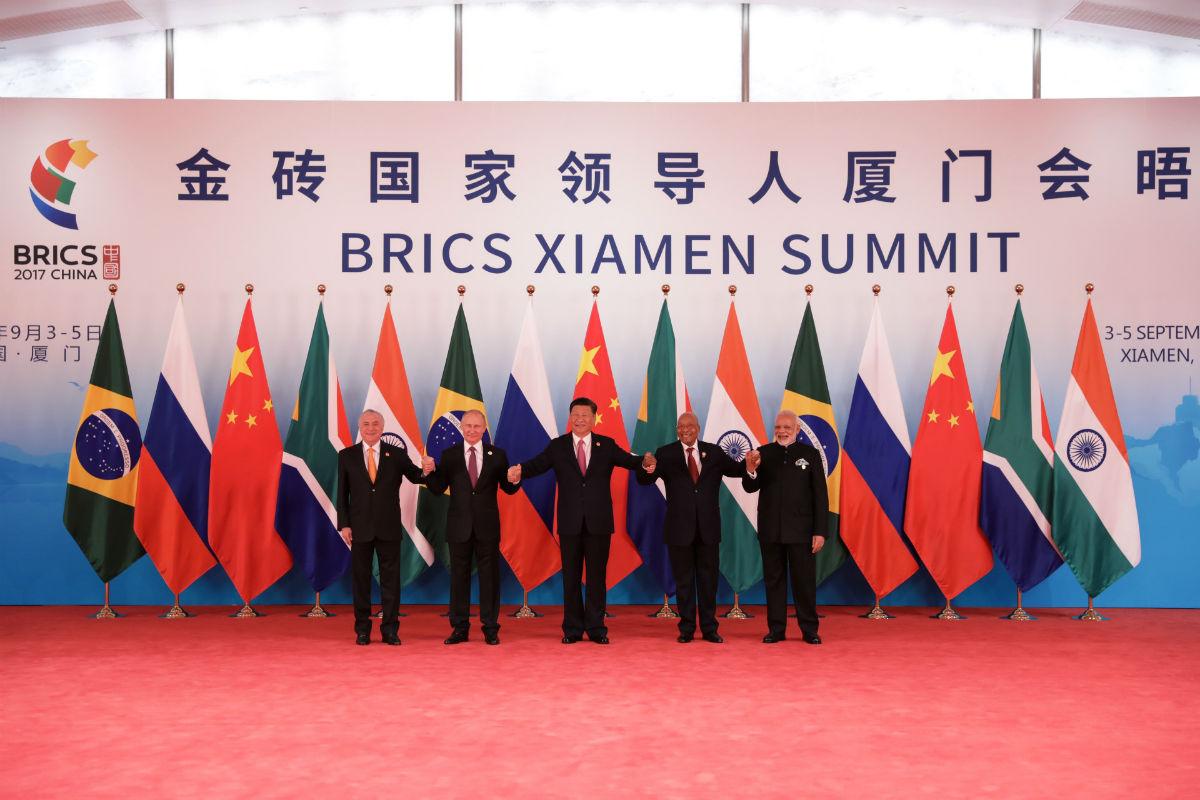 金砖国家领导人握手合影 摄影 徐讯
